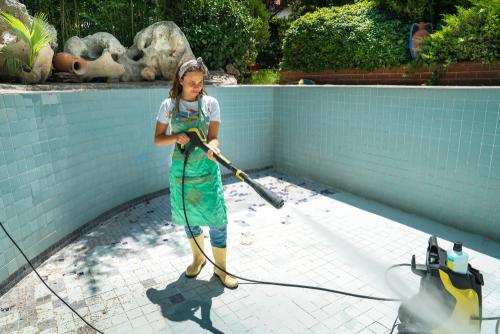 nettoyage piscine extérieur